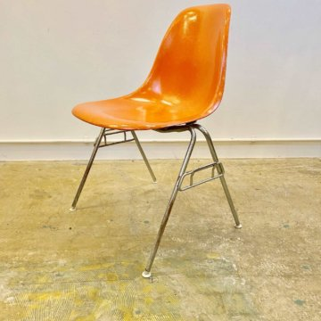 hermanmiller Eames Shell Chair (ハーマンミラー_イームズ_サイドシェルチェアー) 【470】