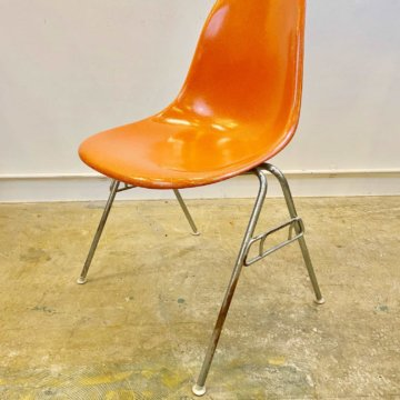 hermanmiller Eames Shell Chair (ハーマンミラー_イームズ_サイドシェルチェアー) 【472】