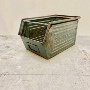 SCHAFER stacking case 【2006】