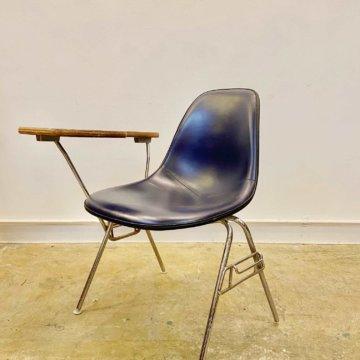 hermanmiller Eames Shell Chair (ハーマンミラー_イームズ_サイドシェルチェアー) 【474】