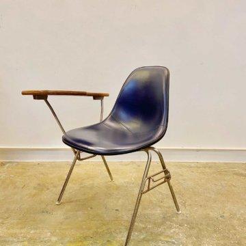 hermanmiller Eames Shell Chair (ハーマンミラー_イームズ_サイドシェルチェアー) 【473】