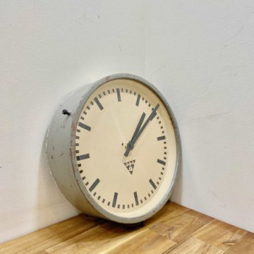 PRAGOTRON wall clock【2041】