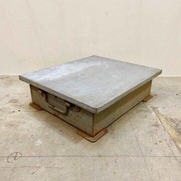 Vintage Iron Box 【3401】