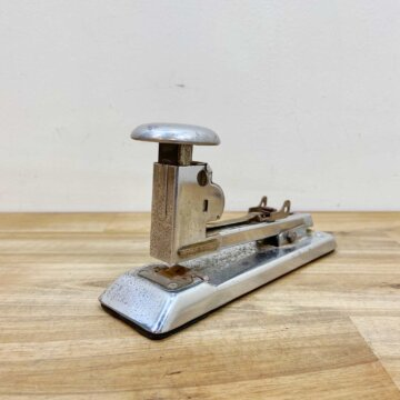 Vintage_Desktop Stapler 【3962】