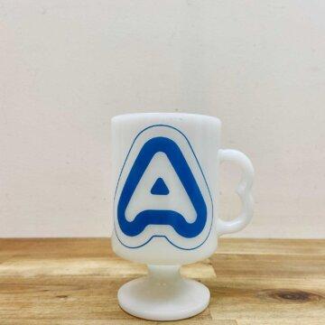 milk glass mug【1477】