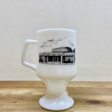 milk glass mug【3130】