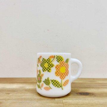 milk glass mug【1464】