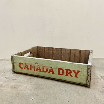 Vintage Crate CANADA DRY【5371】